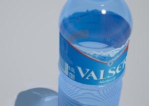Visualisierung Valser Wasser PET Flasche - 'Sischt guat, ds...